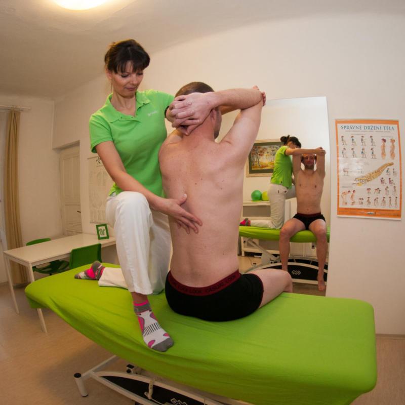 korekce vadného držení těla
